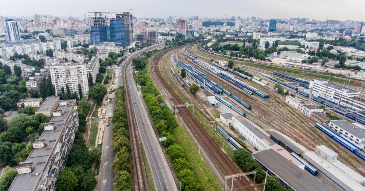 Укрзализныця не меняет расписание грузовых и пассажирских поездов © shutterstock.com