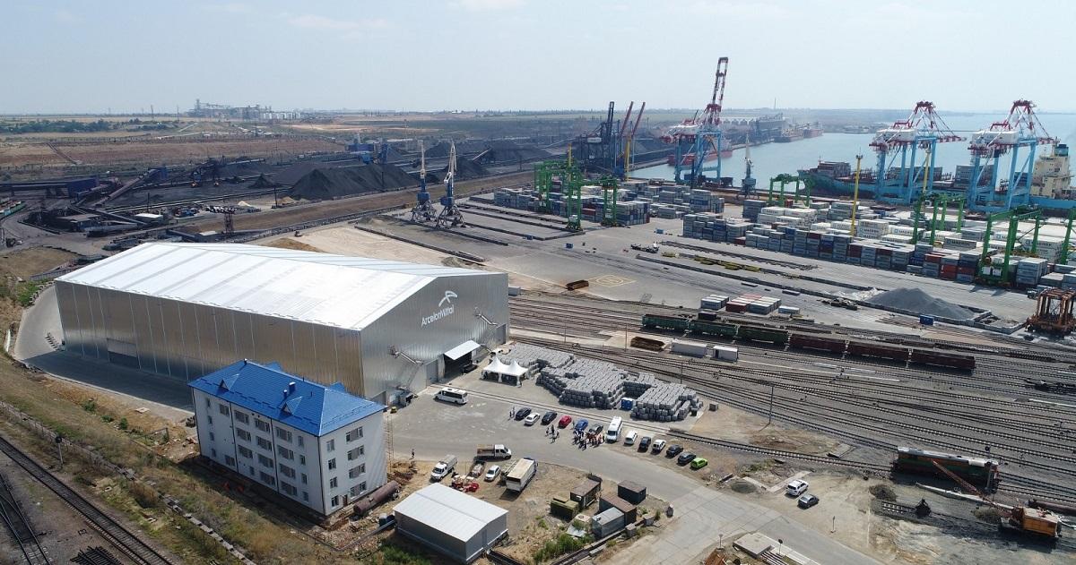 Перегрузочный комплекс в порту «Южный». cfts.org.ua
