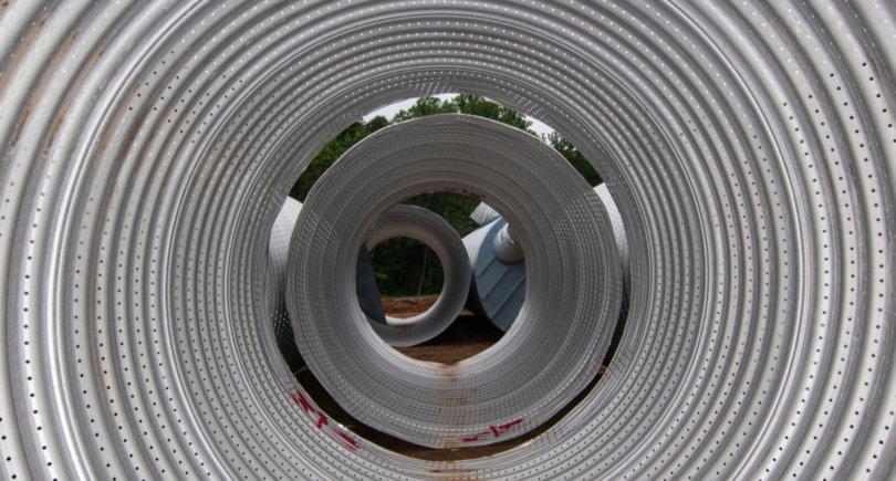 Канада отменила пошлины на импорт труб из Мексики © shutterstock.com