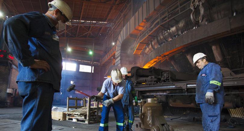 Турция: Erdemir вложит $1 млрд в расширение мощностей © shutterstock.com