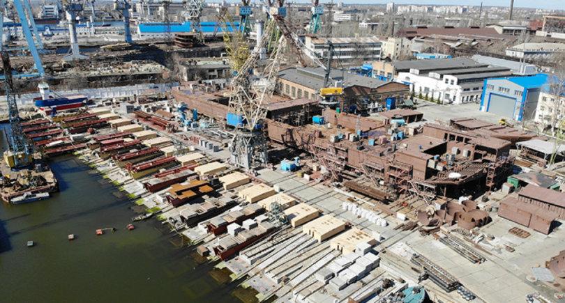Нибулон пустит 5 тыс. т проката на плавкран длиной 140 м © nibulon.com