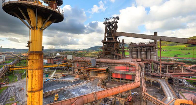 ArcelorMittal сокращает 3 млн т мощностей в Европе © fotografobodasanty.es