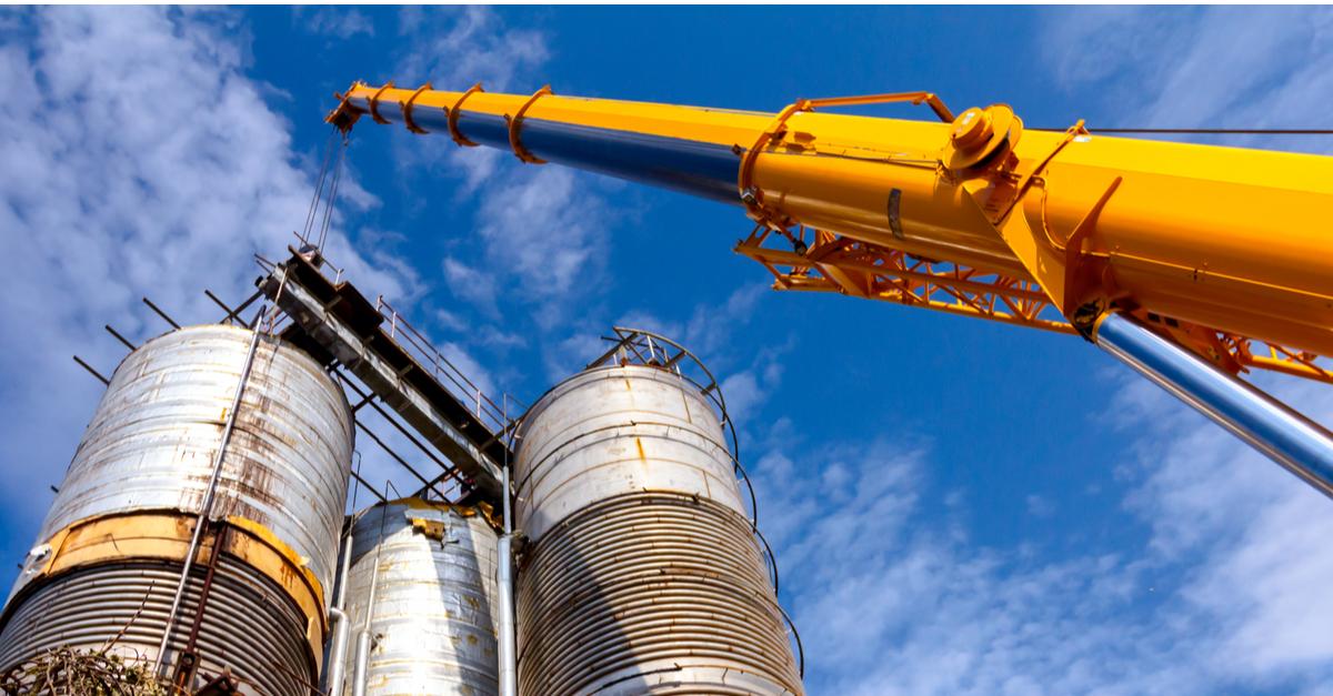 Азовсталь проведет переподготовку машинистов крана © shutterstock.com
