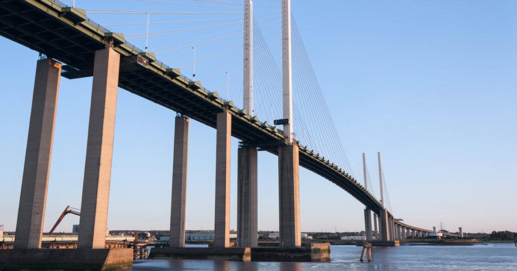 Мост королевы Елизаветы II (Великобритания)