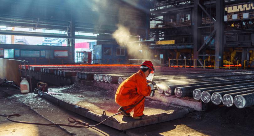 Китайские сталелитейщики могут сократить объемы производства – CRU (c) www.shutterstock.com