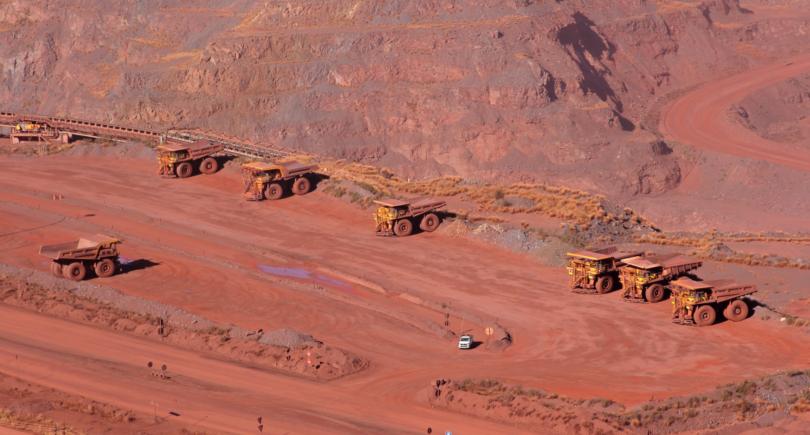 Китайская железная руда подорожала на 3% до $113,3 за т (c) shutterstock.com