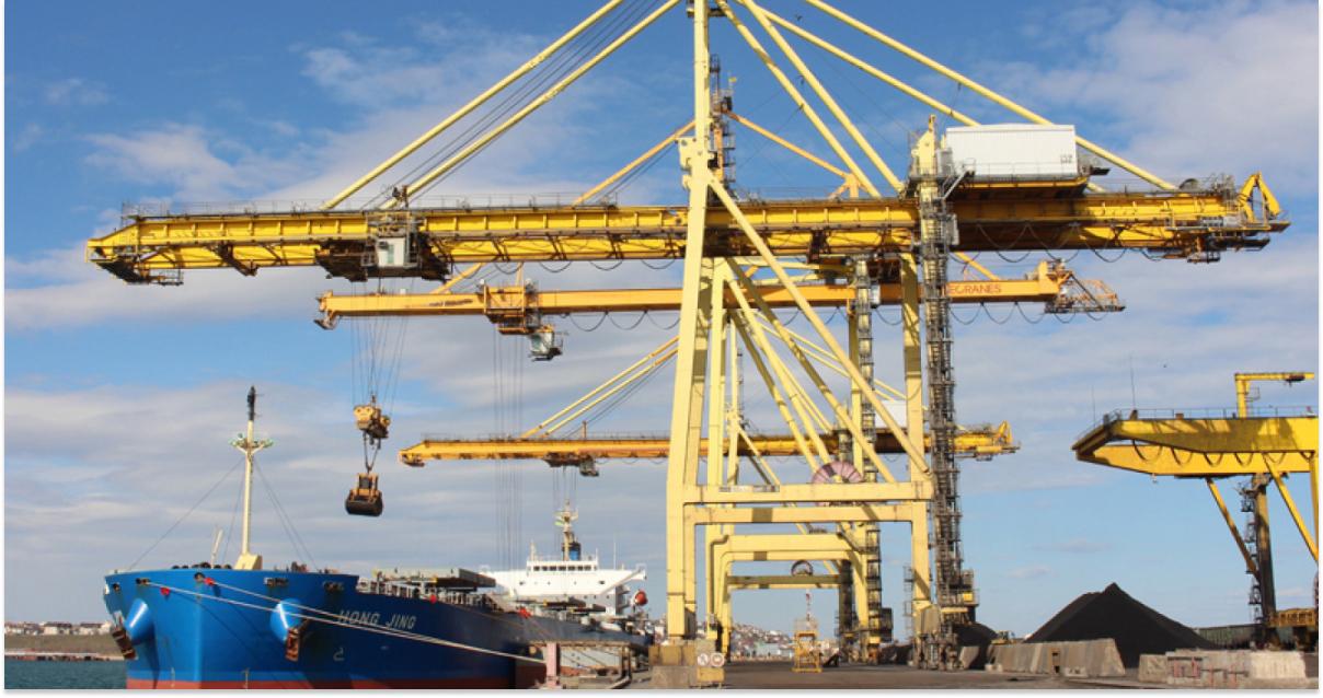 Экологи задержали судно с марганцем в Черноморске © dumskaya.net