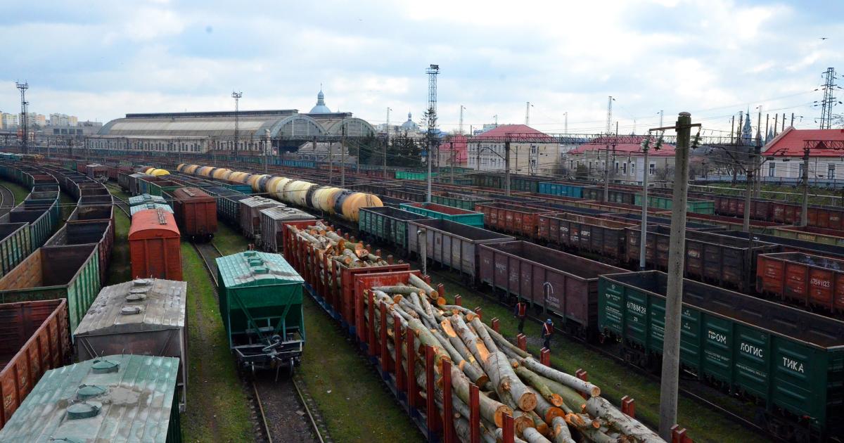 Мининфраструктуры предлагает провести индексацию тарифов Укрзалізниці с 1 августа © info.uz.ua