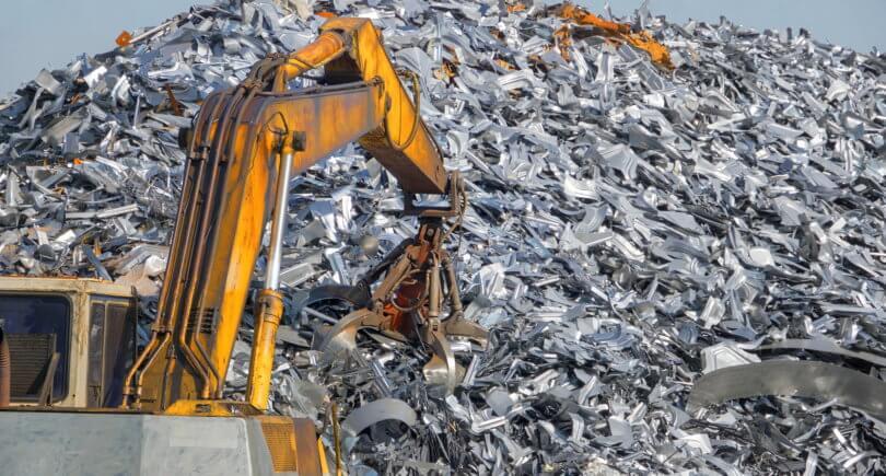 Экспорт металлолома продолжает находится на дне (с) shutterstock.com