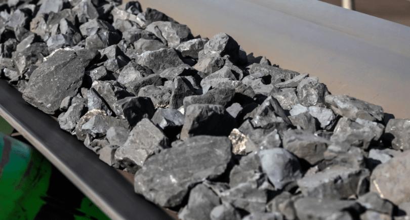 Импорт марганцевой руды в апреле-июне вырос почти вдвое (c) shutterstock.com