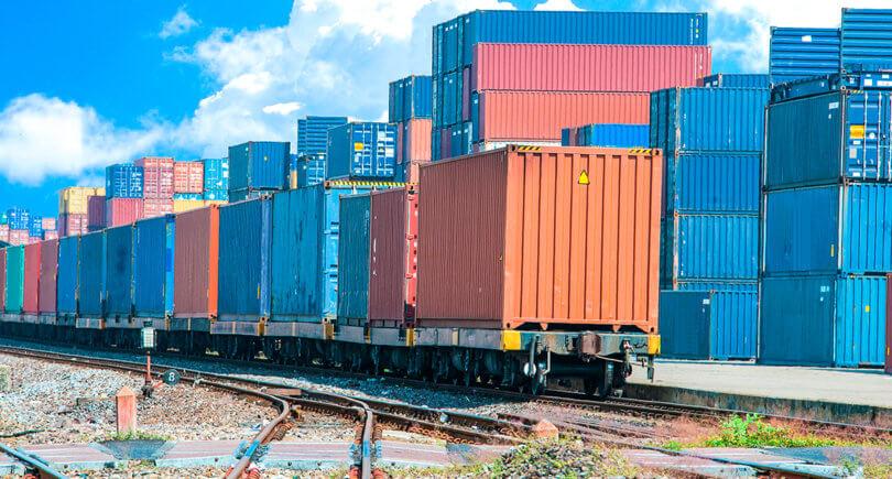 УЗ сместила до 3 дней начисление платы за перенос грузовой операции (с) shutterstock.com